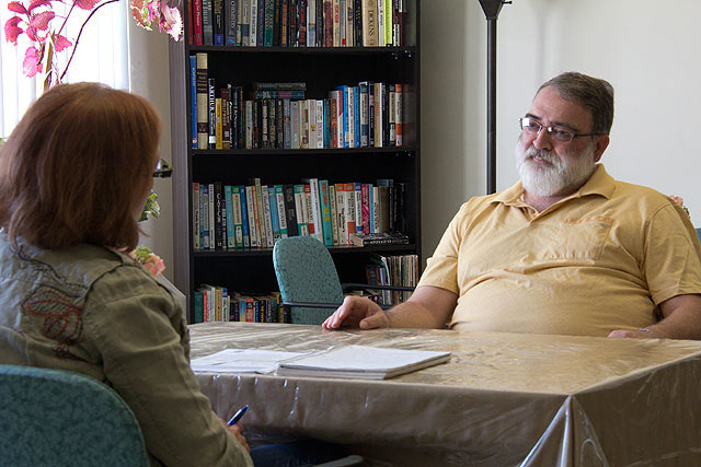 Neighbour Link senior clients benefit from friendly visits with volunteers.