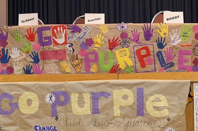 Participants designed banners, posters and artwork at Neighbourhood Link's most recent Go Purple event.